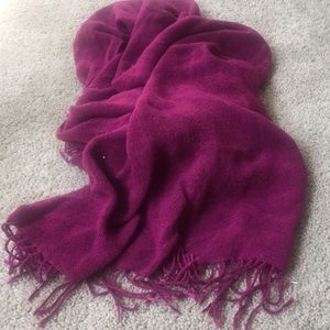 Pink thick Pashmina. Never used